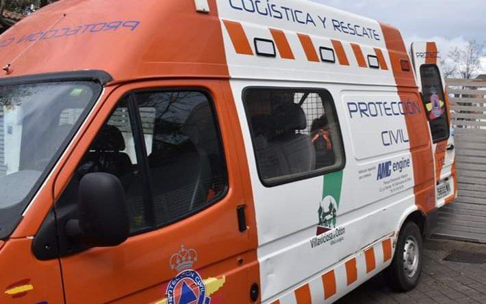 Voluntarios de Protección Civil recogen y distribuyen medicamentos a los enfermos crónicos